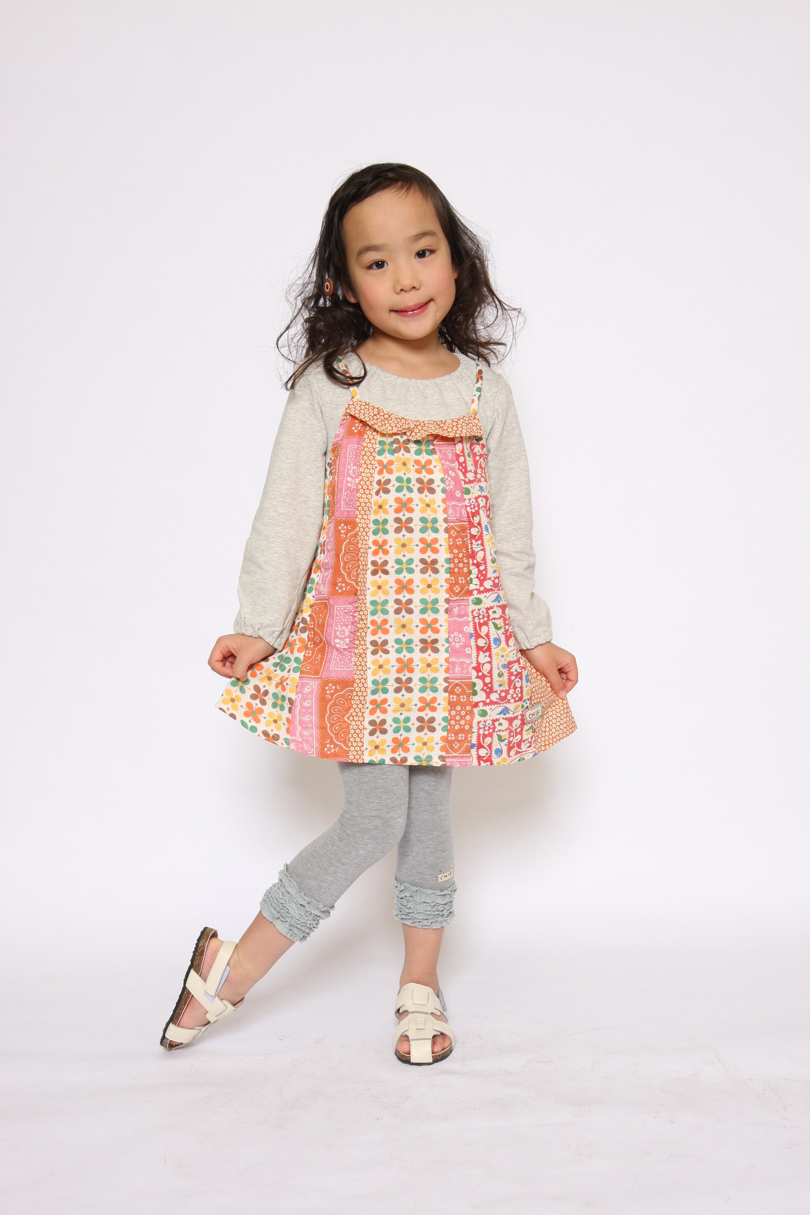 子供服モデル撮影 女の子キャミワンピ